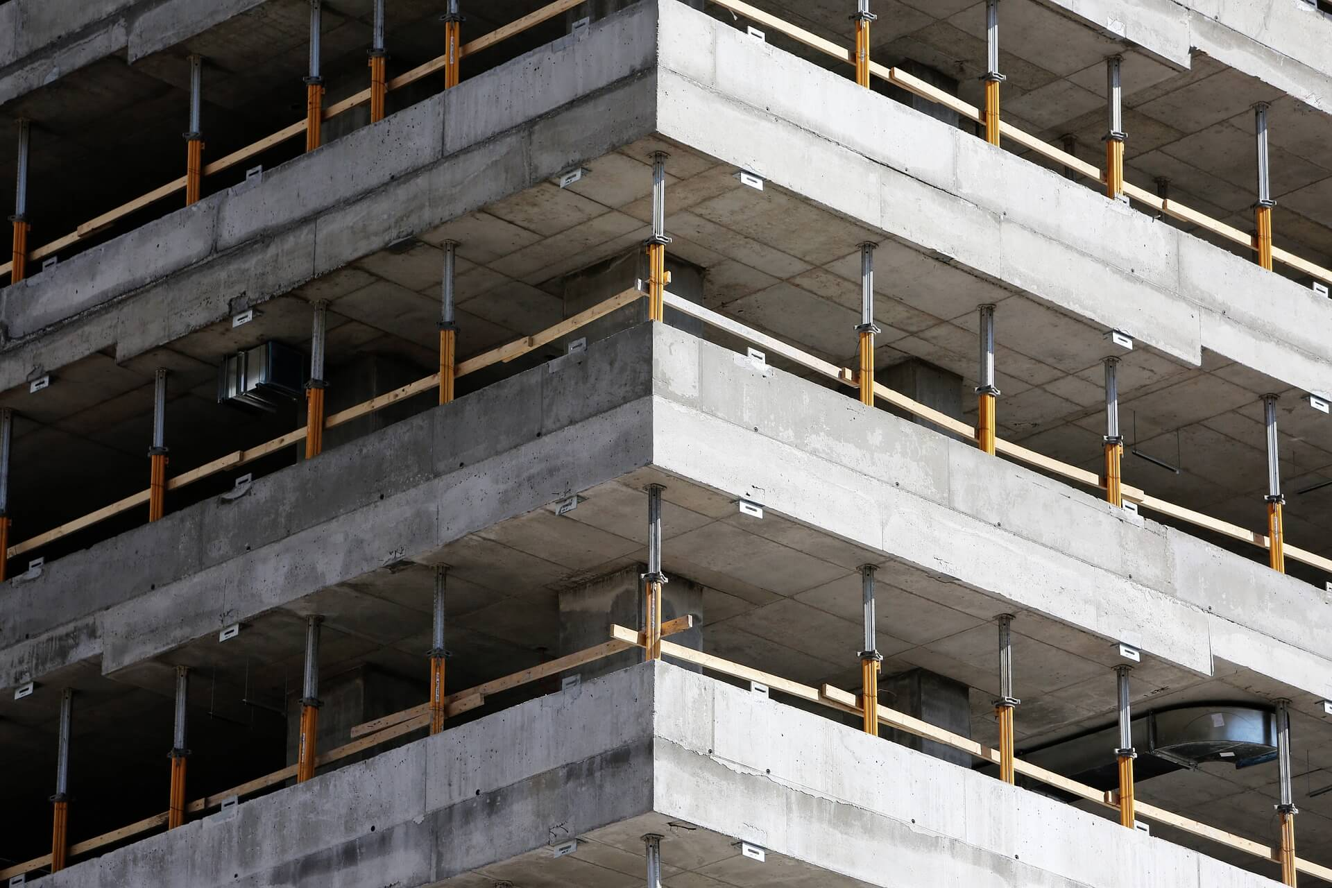 building-926001_1920